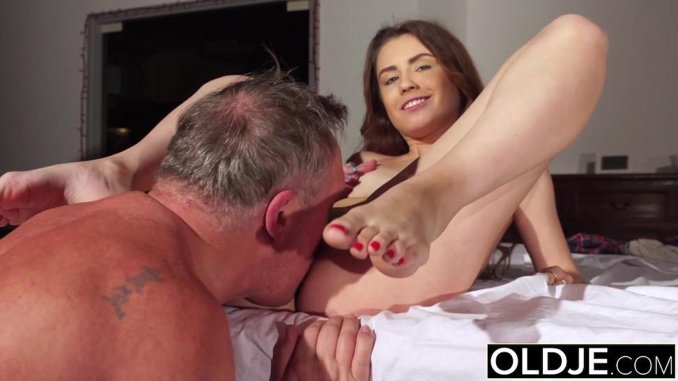Ebony Orgasm Eating Pussy