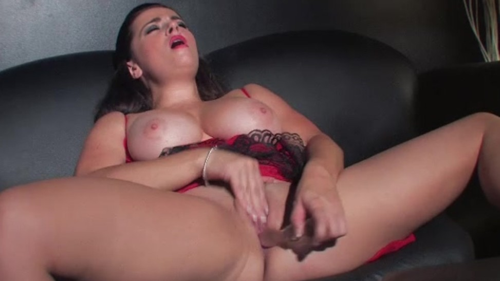 Hd Skinny Dildo Masturbation