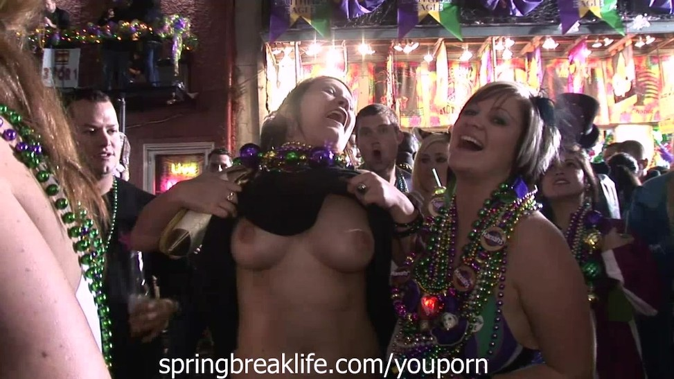 Street Hooker Pussy Licking