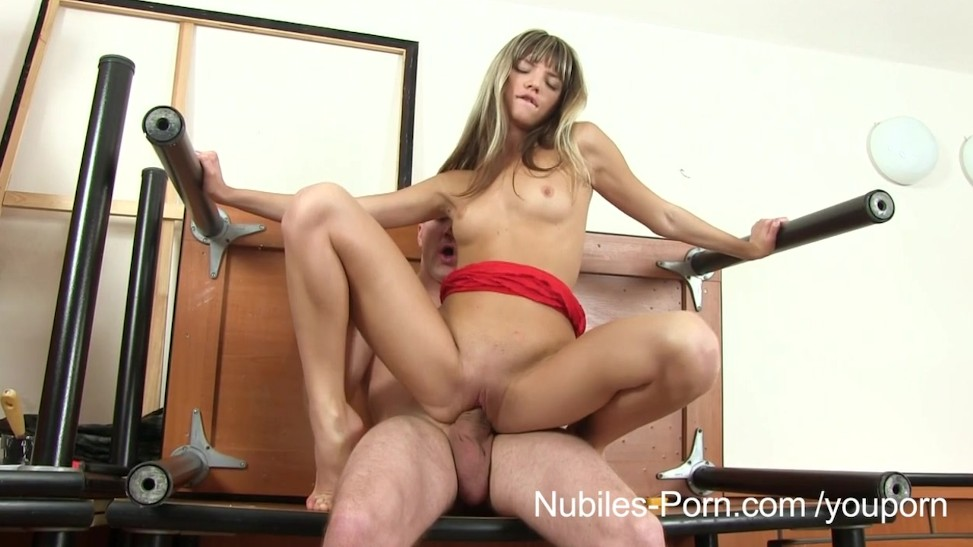 Hairy Teen Pussy Pissing